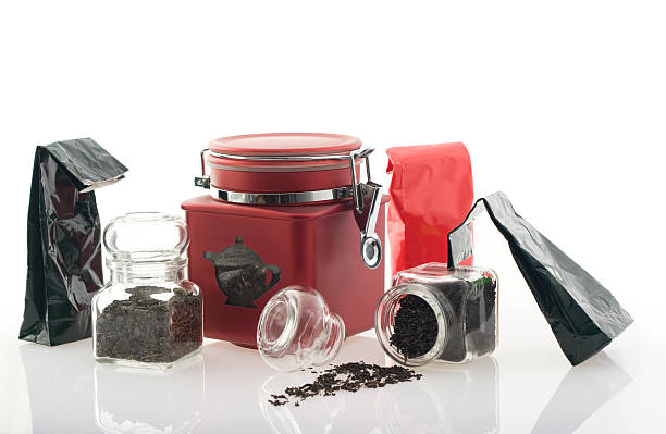 Tee in Taschen und Container. – Foto