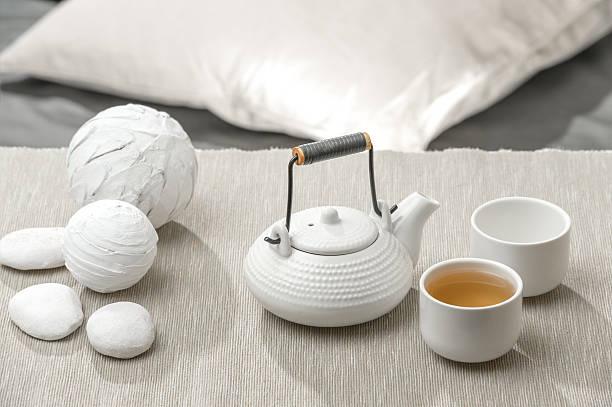 tea set at beautiful lounge with nobody - keramikteekannen stock-fotos und bilder