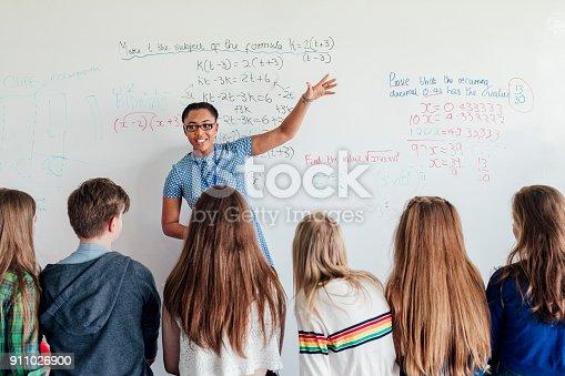 911029592 istock photo Teacher Giving a Lesson 911026900