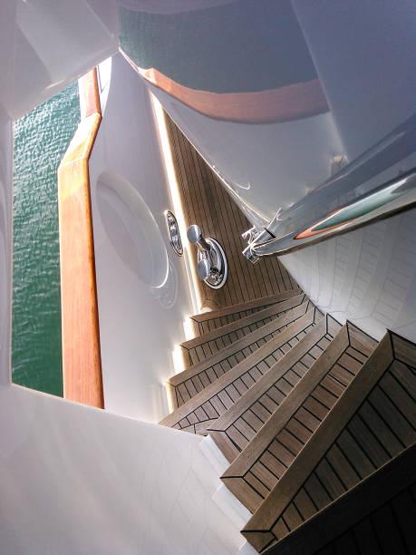 teak-treppen - terrassen deck design stock-fotos und bilder