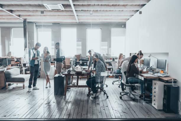 職場のチーム。 - オフィス ストックフォトと画像