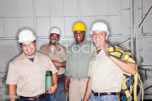 istock Team of manual workers 171277547