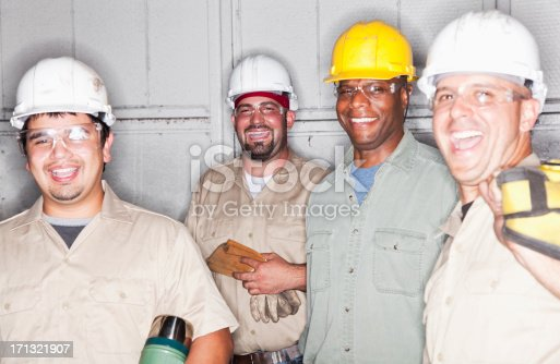 istock Team of manual workers 171321907
