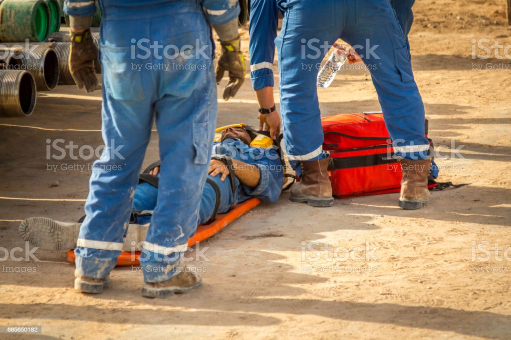 EMT team provide first aid on the royalty-free 스톡 사진