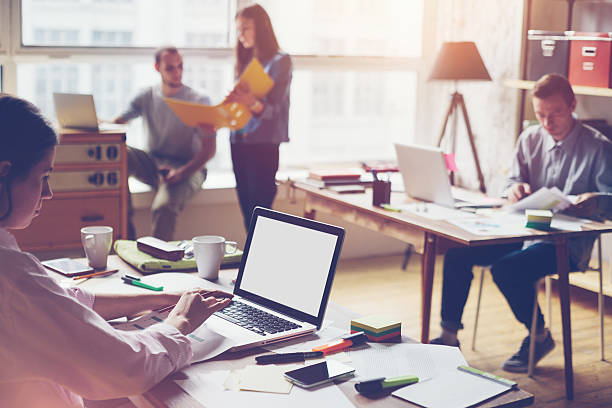 work in team environment When you consider how to work effectively on a team from the business owner's perspective, the issue is really how to model collaboration for your staff you might believe it's necessary to structure your company as a system of work teams.