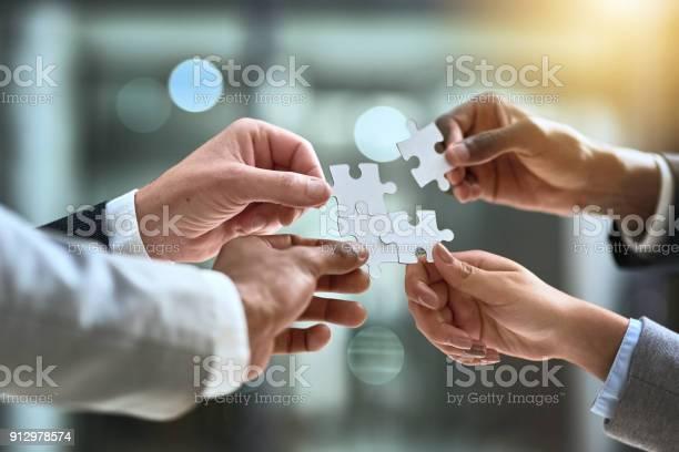 Teamwork a sure solution to a business challenge picture id912978574?b=1&k=6&m=912978574&s=612x612&h=mbyn8akmfw8i62luiwvpg1wt0kxsgir0tq2bhmrz5ho=