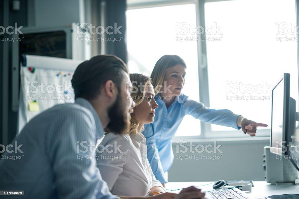 Teamarbeit gewinnt immer – Foto