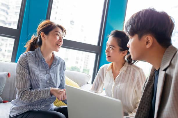 Teamwork hat ein Business-Meeting – Foto