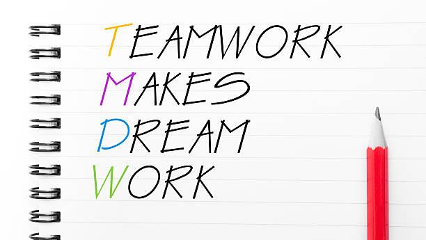 teamarbeit macht träume arbeiten - traum team stock-fotos und bilder