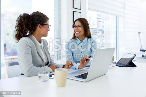 istock Teamwork makes good business great business 1011924904