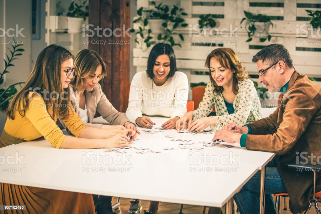 Teamwork (Teamarbeit) – Foto