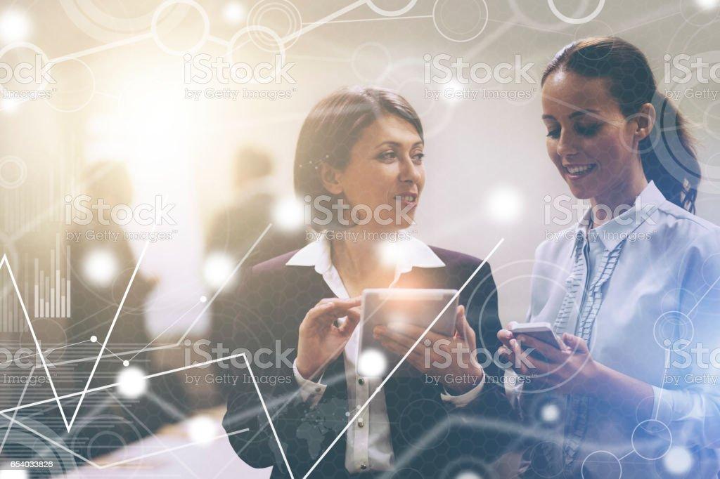 Teamwork with big data virtual interface – zdjęcie