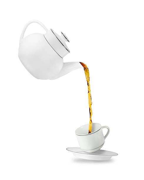teekanne und tasse  - keramikteekannen stock-fotos und bilder