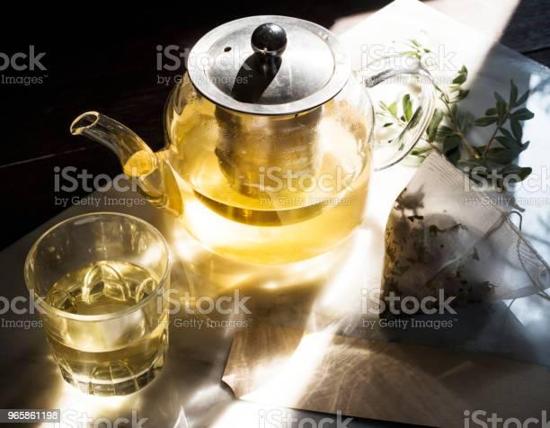 Чайник Со Здоровым Зеленым Чаем — стоковые фотографии и другие картинки Антиоксидант