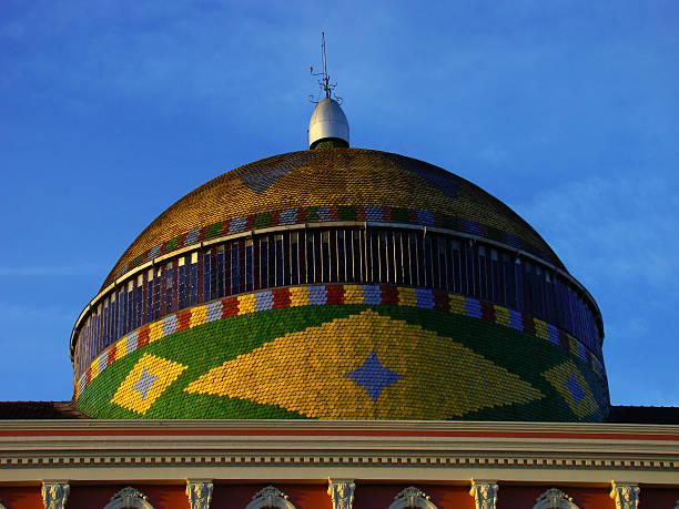 Teatro Amazonas Cúpulaa do Teatro Amazonas manaus stock pictures, royalty-free photos & images
