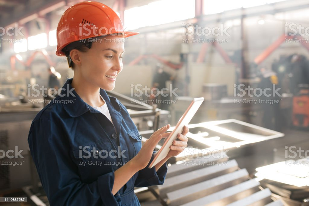 Mitarbeiter der Technischen Kontrolle - Lizenzfrei Arbeiten Stock-Foto