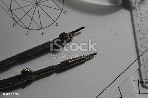 909924232istockphoto technical drawings 1048982822