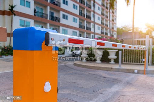 Technician installed barrier gate automatic system for control entrace way security area.