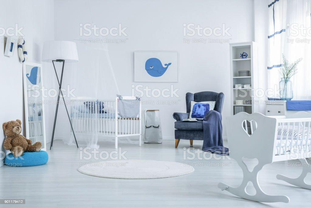Teddybär In Kinder Schlafzimmer Stockfoto und mehr Bilder von ...