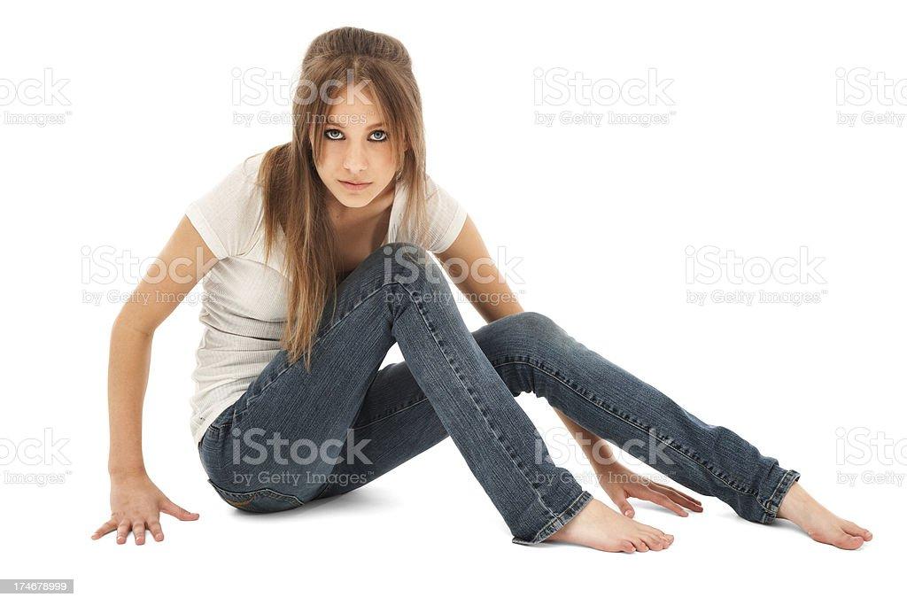 Teen Schönheit auf dem Boden sitzen – Foto