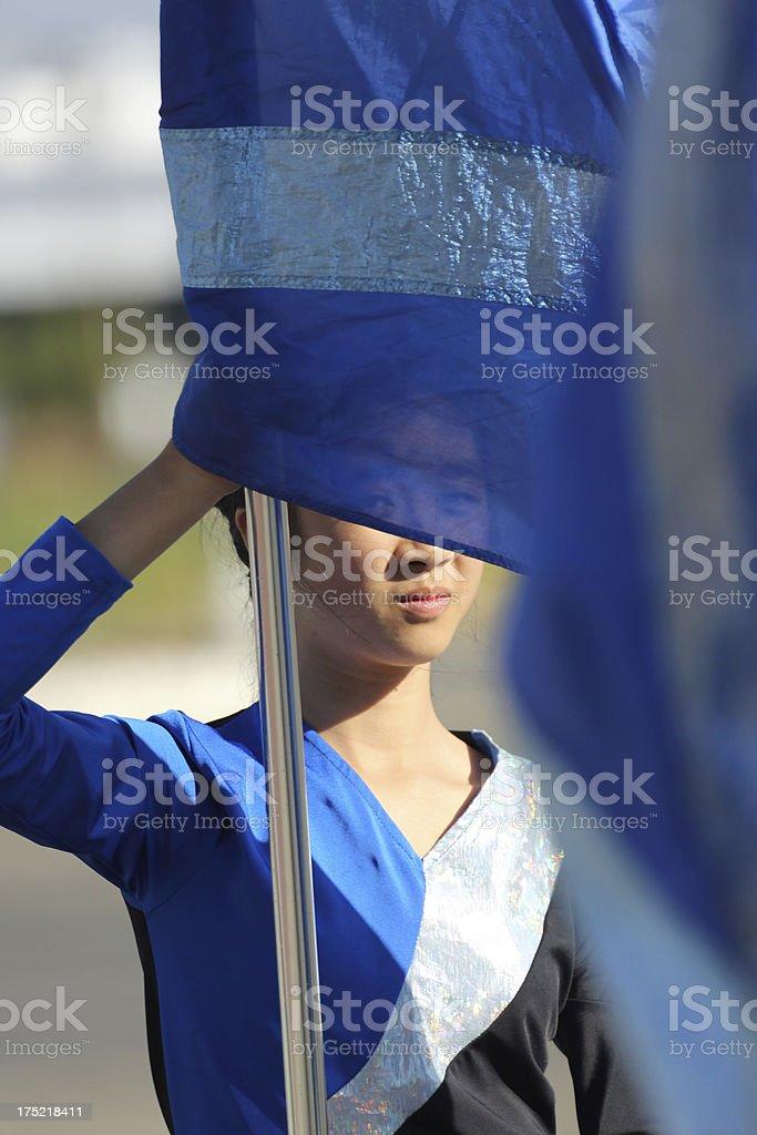 Teen Girl Holding eine Flagge – Foto