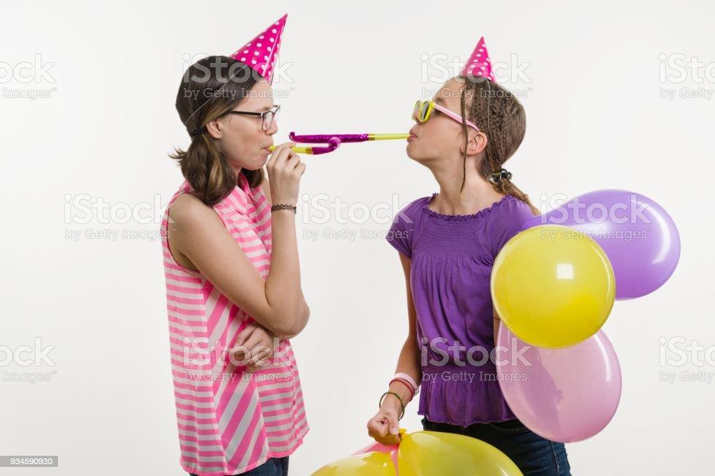 teen-party-girl-facial-davin