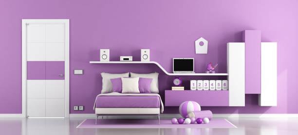 jugendzimmer für mädchen - lila teenschlafzimmer stock-fotos und bilder