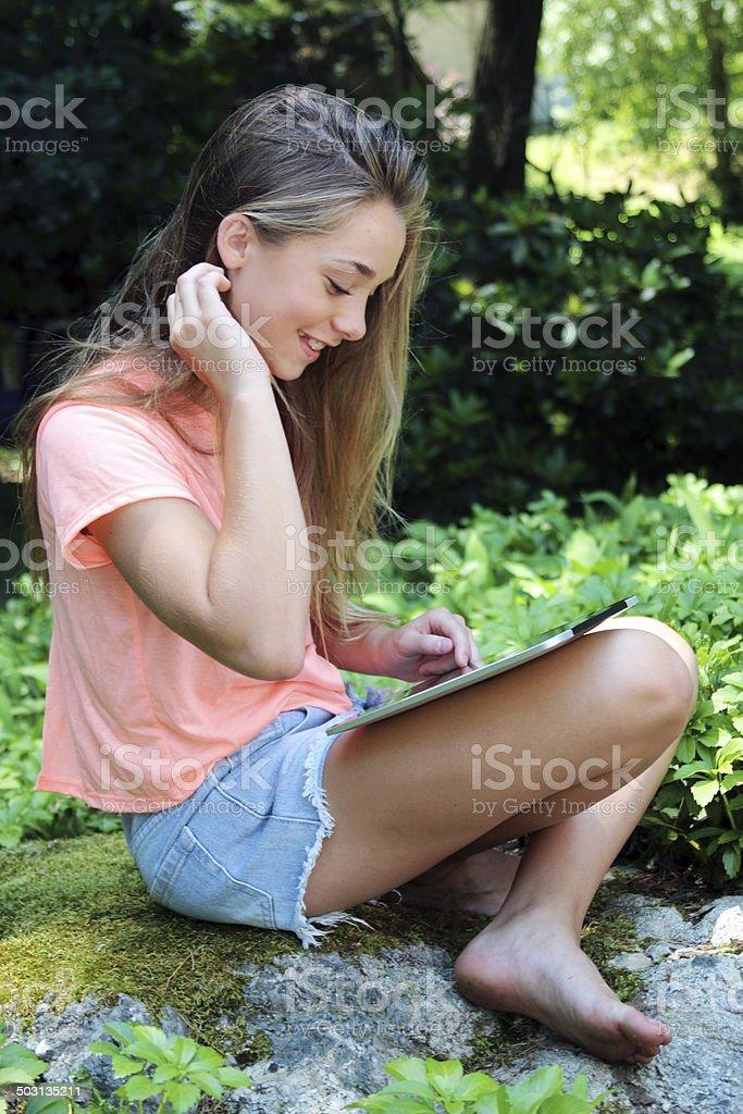 Teen Barefoot 4