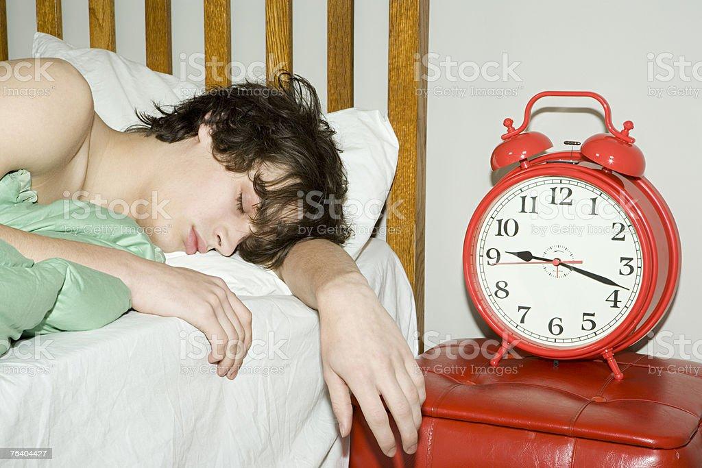 Teenager junge Schlafen – Foto