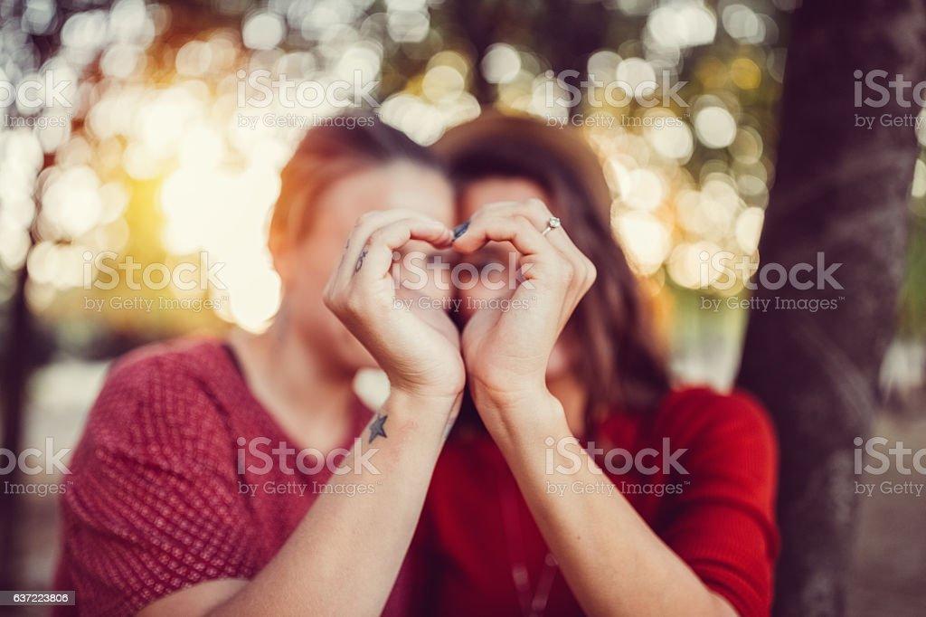 Jeune couple dans l'amour - Photo