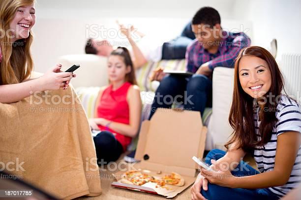 Teenage friends hanging out picture id187017785?b=1&k=6&m=187017785&s=612x612&h=m5g0sqxb9brqckdypncfoxyljlhvsjg93nwizdlsql4=