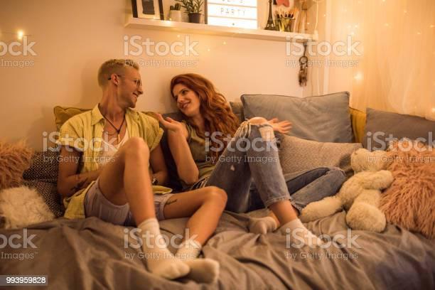 Teenage talks picture id993959828?b=1&k=6&m=993959828&s=612x612&h=ywyd6nzwrwhhciaxhw8jrqmhektjah5b8s7pwo5i7ni=