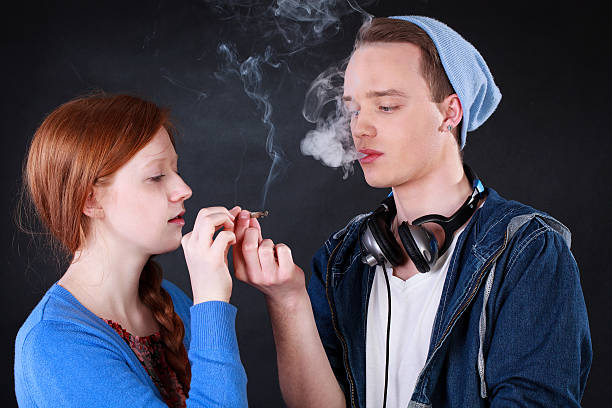 an analysis of teenager smoking in world today The latest childhood smoking prevalence statistics for the uk for health professionals see data for sex teenagers' and young adults' cancers statistics.