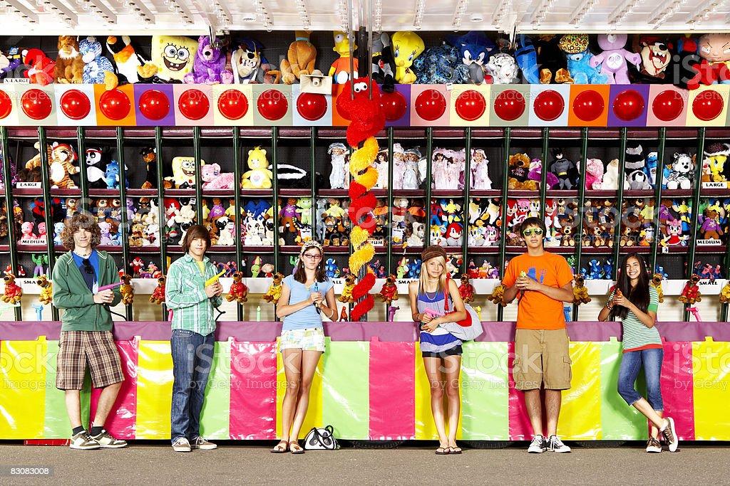 teens at amusement park royaltyfri bildbanksbilder