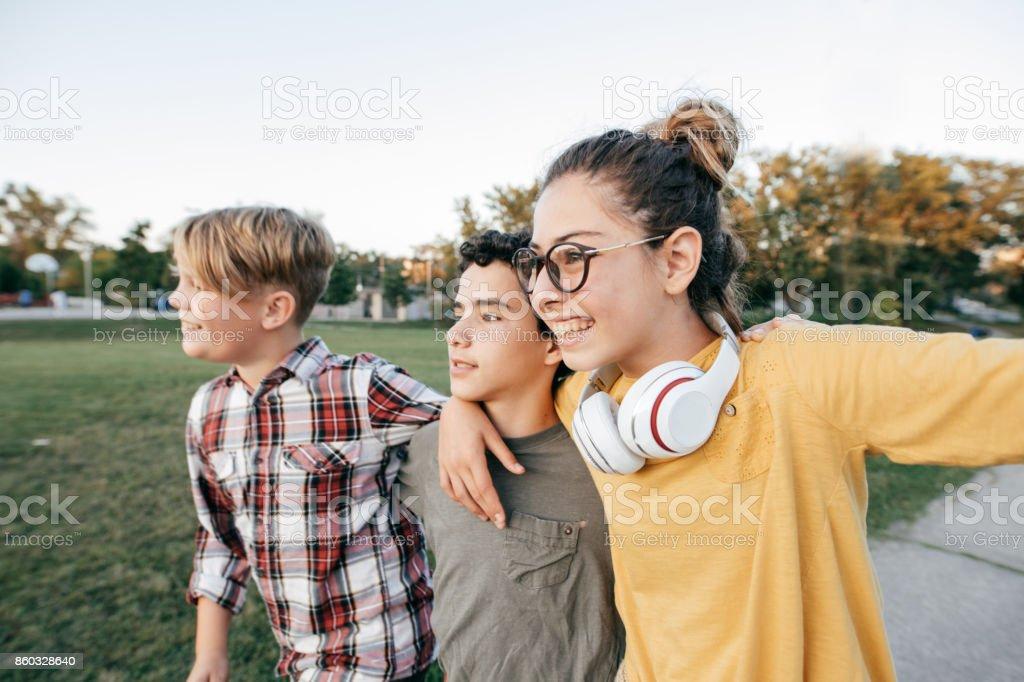 Teenager Spaß haben - Lizenzfrei 14-15 Jahre Stock-Foto