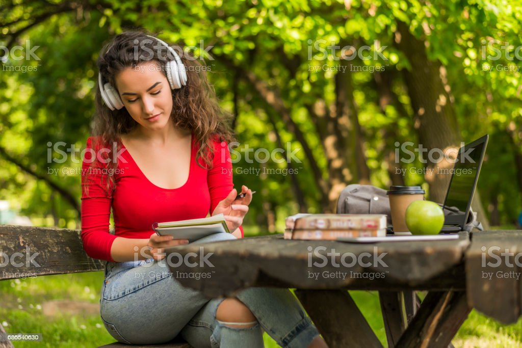 Teens Using Social Media, I'm ready for that test foto stock royalty-free
