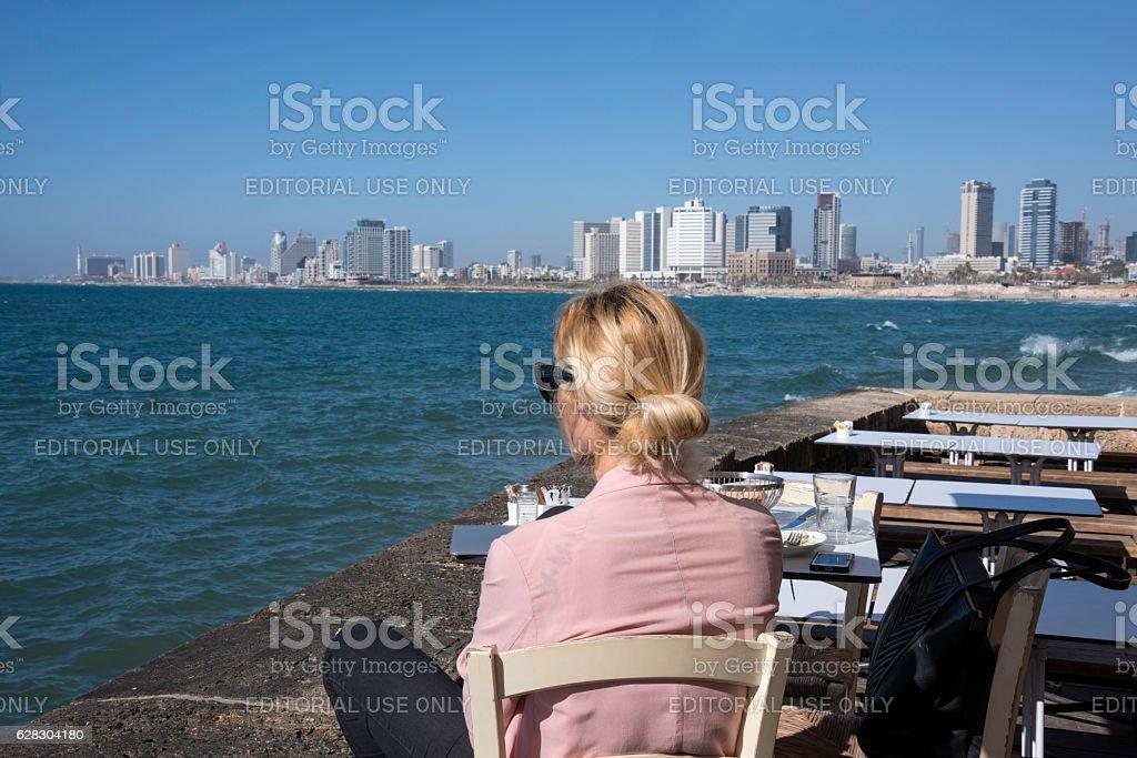 Horizonte de Tel Aviv - foto de stock