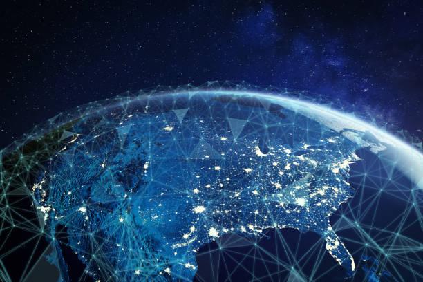sieć telekomunikacyjna nad ameryką północną i stanami zjednoczonymi oglądana z kosmosu dla amerykańskiej sieci komórkowej lte 5g, globalnego połączenia wifi, technologii internetu rzeczy (iot) lub blockchain fintech - sieć komputerowa zdjęcia i obrazy z banku zdjęć