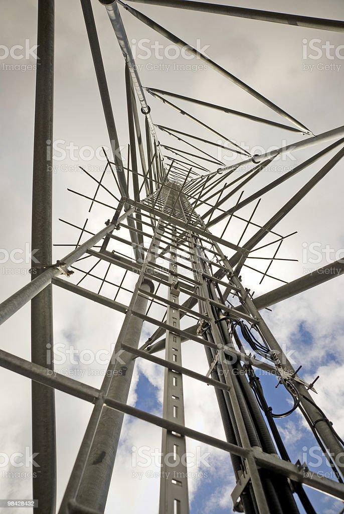 Torre delle telecomunicazioni foto stock royalty-free