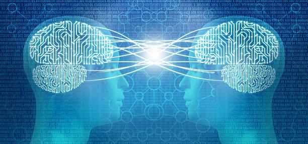 gedankenlesen: zwei cyborg menschlicher kopf und gehirn geist kontrolle circuit - gedanken lesen stock-fotos und bilder