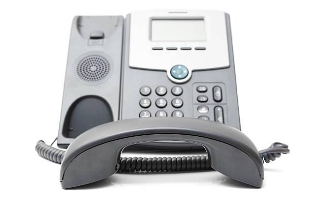 Telefon off the hook auf weißem Hintergrund – Foto