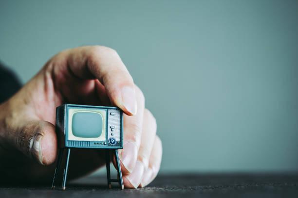 テレビおよびビジネスマン - ジャーナリスト ストックフォトと画像