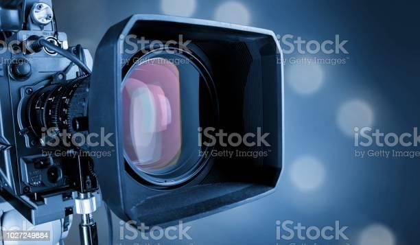 Television picture id1027249884?b=1&k=6&m=1027249884&s=612x612&h=eunlc3wrf3u9srlwlq6txqgfyk k2vtbwqleeus0bki=