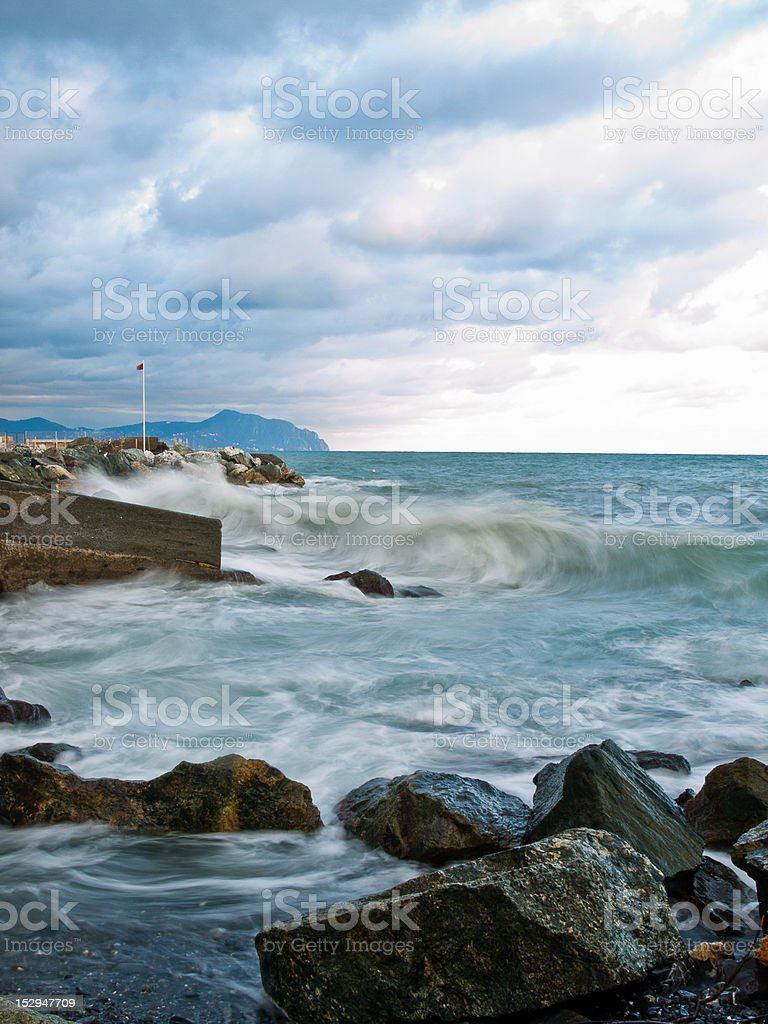 tempesta sulla costa royalty-free stock photo