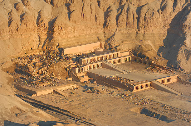 Temple Hatshepsut 01 Temple of Queen Hatshepsut, Luxor Egypt valley of the kings stock pictures, royalty-free photos & images