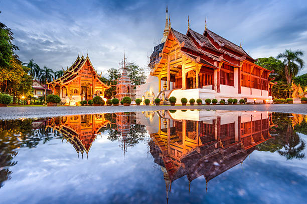 Temple in Chiang Mai Wat Phra Singh in Chiang Mai, Thailand. chiang mai province stock pictures, royalty-free photos & images