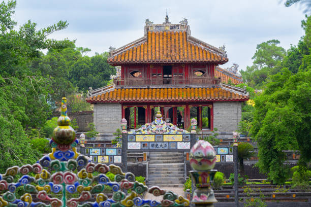 temple in Hue Vietnam ancient temple in Hue Vietnam huế stock pictures, royalty-free photos & images