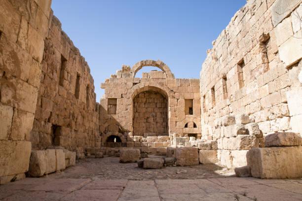 Temple of Artemis in Jerash, Jordam Ancient Roman temple in Jordan artemis stock pictures, royalty-free photos & images