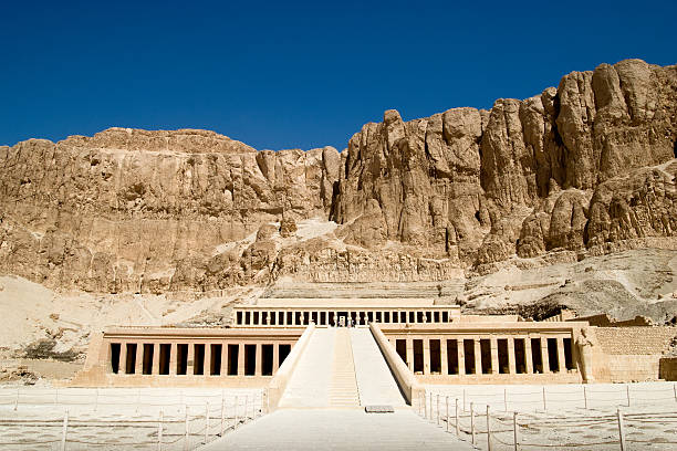 temple of Hatshepsut The temple of Queen Hatshepsut valley of the kings stock pictures, royalty-free photos & images