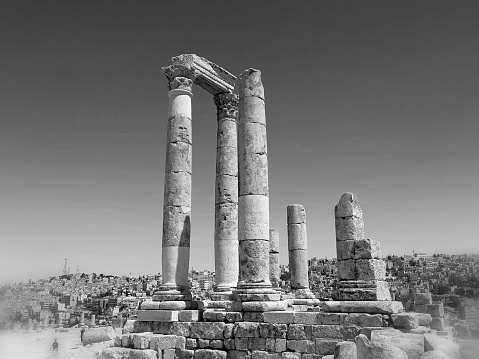 This image is Temple of Hercules in Amman - Jordan.